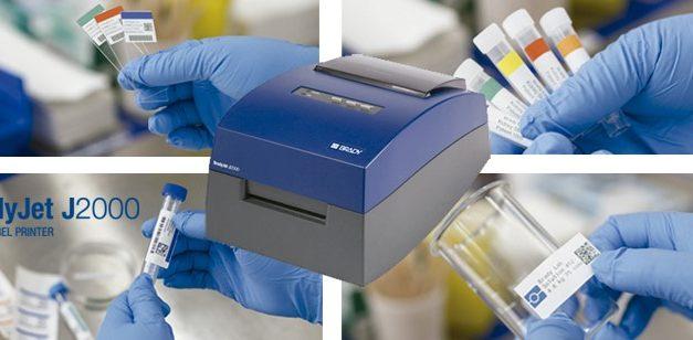 Microplanet presenta la impresora BradyJet 2000 para la identificación el color en su laboratorio